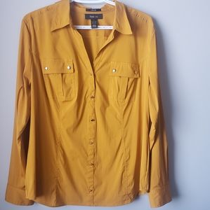 Size L Style &co. Button Top